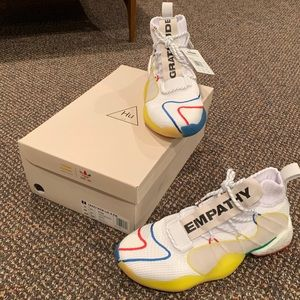 🔥PHARRELL WILLIAMS CRAZY BYW LVL X SHOES🔥
